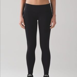 "Lululemon wunder unders. 28"" Full on luxtreme"